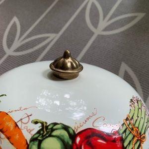 Vintage Kitchen - Vintage Farmers Best Enamel Dutch Oven